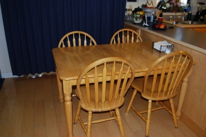 kitchen chairs before1